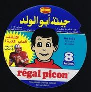 """Etiquette Fromage  Picon  Régal Picon 8 Portions  """"joueur Football Américain"""" écriture étrangère - Käse"""