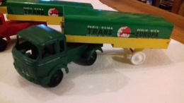 Rare Camion BERLIET Gris  Remorque TRANS-EUROPA Sésame M.in Fr. - Toy Memorabilia
