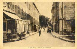 83 - Aups - Rue De La République - Aups
