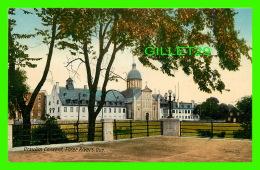 TROIS-RIVIÈRES, QUÉBEC - URSULIM CONVENT - COUVENT DES URSULINES - THE VALENTINE & SONS PUB - - Trois-Rivières