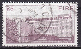 Ireland (1982):- Definitive/Irish Architecture/Central Bus Station(£ 5):- USED - Used Stamps