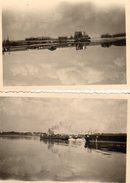 2 Photos Originales Batellerie - Péniches à Vapeur Sur Un Fleuve En 1946 - Boten