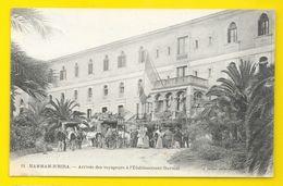 HAMMAM-R'HIRA Arrivée Des Voyageurs à L'Ets Thermal (Geiser) Algérie - Other Cities
