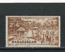 MADAGASCAR - Y&T Poste Aérienne N° 42° - Au Profit De L'oeuvre De La Protection De L'enfance Indigène - Madagascar (1889-1960)