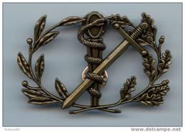 INSIGNE DU SERVICE DE SANTE DES ARMEES - Insignes & Rubans