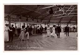 ANGLETERRE - ST LEONARDS ON SEA Rinking, Carte Photo De Patineurs à Roulette Rare - Autres