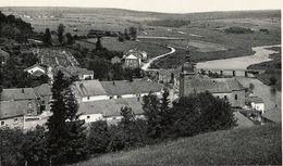 Chassepierre - Panorama Vue Sur Le Cimetière Et Pont - Circulé Vers 1961 - Edit. Magasin Socolait, Sainte-Cécile - Chassepierre