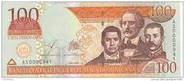 2002 DOMINICAN REPUBLIC 100 PESOS ORO UNC - Dominikanische Rep.