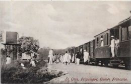 CPA Guinée Afrique Noire Type Ethnic Non Circulé Gare Train Friguiagbé - Guinée Française