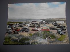D . 44 - Préfailles (loire - Atlantique ) La Pointe Saint Gildas Un Jour De Grande Marée Voiture Citroen Hy 2cv Caravane - Préfailles