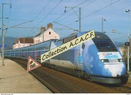 """Rame TGV Duplex Avec Motrice Pelliculée """"EDF Bleu Ciel"""", à Rives (38) - - Stations With Trains"""