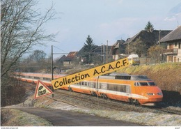 TGV Sud-Est Pour Bourg-St-Maurice, à St-Pierre-d'Albigny (73) - - Trains