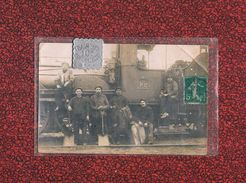 16 ANGOULEME GARE CARTE PHOTO  LOCOMOTIVE P.O. 1914   MECANICIEN CHEMINOT SNCF - Angouleme