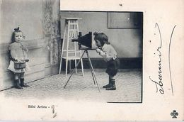 Cpa Bébé Artiste - Photographe, Appareil Photo Trépied - Photographie