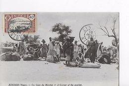 ZINDER / UN COIN DU MARCHE / JOLI AFFRANCHISSEMENT - Niger