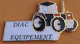 W  130 )......ENGIN  AGRICOLE.......TRACTEUR............DIAC  EQUIPEMENT - Pins