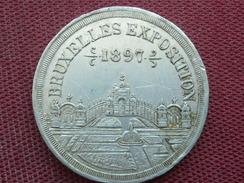 BELGIQUE Jeton Ou Médaille Expo Universelle 1897 Bruxelles Avec Calendrier - Belgique