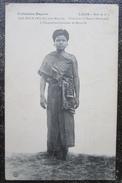 Laos Sao Boun Chanteuse De Bassac   Cpa Raquez - Laos
