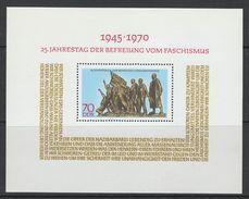 BLOC NEUF D'ALLEMAGNE ORIENTALE - 25E ANNIVERSAIRE DE LA LIBERATION DU FASCISME N° Y&T 27 - 2. Weltkrieg