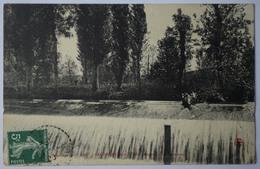 71 : Salornay-sur-Guye - Angoin - Le Déversoir - (n°9127) - France