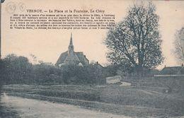 Cp , 89 , VERNOY , La Place Et La Fontaine , Le Cléry - Autres Communes