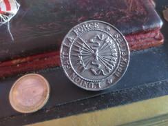 MEDAILLE CONGRES LIBERAL DE BELGIQUE - 1846- L'UNION FAIT LA FORCE - BRUXELLES   - VOIR PHOTOS - Profesionales / De Sociedad