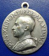 PIUS XII PONTIFEX MAXIMVS /   MEDAGLIA - Italia