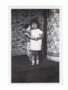 Photo (+/- 6 X 9 Cm) Petite Fille Avec Sa Poupée, Doll . - Personnes Anonymes