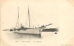 A-17.9181 : DEAUVILLE. BATEAU YATCH LA NEMESIS - Deauville