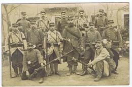 CPA   Carte Photo   Groupe De Militaires Du 105 éme ?    ( PIERRELATTE  1915 ) - Guerre 1914-18