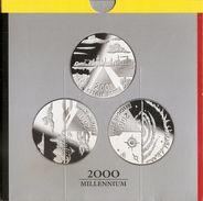 200 Frank 2000 Frans - Vlaams - Duits * MILLENNIUM * QP - BLISTER * Nr 9726 - 1993-...: Albert II