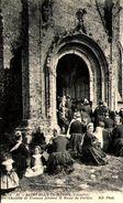 29 - SAINT-JEAN-TROLIMON - Chapelle De Tronoen Pendant La Messe Du Pardon - Saint-Jean-Trolimon