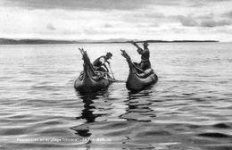 BOLIVIE - Pescadores -  Lago Titicaca - LA PAZ - Bolivie