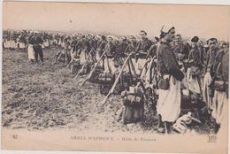 (R6) AFRIQUE , Armée ,  Halte De Zouaves - Postcards