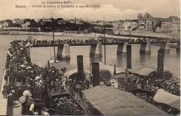 17 ROYAN Arrivée Du Bâteau De Bordeaux , Le Jour Du 15 Aout - Royan