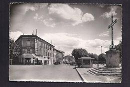 CPSM 30 - ALES - ALAIS - Place D'Armes - Entrée Du Faubourg D'Auvergne - TB PLAN CENTRE VILLE ANIMATION TABAC KIOSQUE - Alès