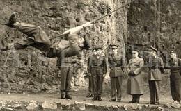 Postcard / ROYALTY / Belgique / Roi Baudouin / Koning Boudewijn / Manoeuvres / Marche-les-Dames / 1954 - Manoeuvres