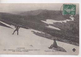 Cpa.42.Pierre Sur Haute.1912.Le Col Du Couzan.animé Deux Hommes. - Autres Communes