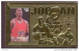 ST.VINCENT  2268 E  GOLD ; SPECIAL ; MINT NEVER HINGED GOLD SHEETLET OF BASKETBALL  # 02 JORDAN ( - Pallacanestro