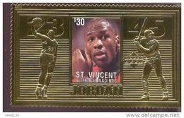 ST.VINCENT  2268 D  GOLD ; SPECIAL ; MINT NEVER HINGED GOLD SHEETLET OF BASKETBALL  # 03 JORDAN ( - Pallacanestro