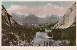 CPA    CANADA---THE BOW VALLEY, BANFF, ALBERTA, SHOWING THE FAIRHOLM RANGE - Banff