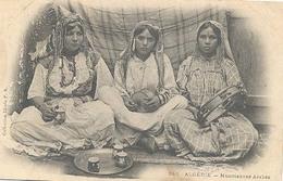 Algerie, Musiciennes Arabes - Algerije