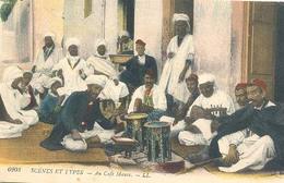 Algerie, Scenes Et Types, Au Café Mauré - Mannen