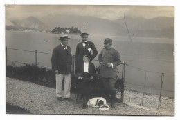 FOTO PERSONE CIVILI CON MILITARE E CANE ANNO 1915  CARTA TENSI  VIAGGIATA FP - Photographs