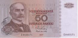 BILLETE DE FINLANDIA DE 50 MARKKAA DEL AÑO 1977 EN CALIDAD EBC (XF)  (BANKNOTE) - Finlandia