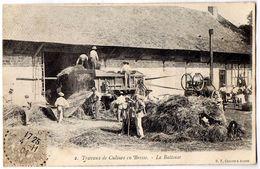 Travaux De Culture En Bresse.  - La Batteuse - France