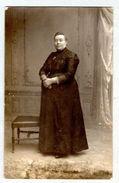 CARTE POSTALE PHOTO - Une Femme - à Identifier - Photographie Lokeren - Photographie