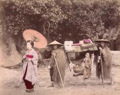 Japon Porteurs De Palanquin & Joueuses De Musique Japonaise 2 Anciennes Photos Albumine 1890 - Photographs