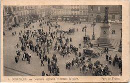 59 DUNKERQUE : Goumiers Algériens Traversant La Place - Attelage - Voiture - 1914 - Guerre 1914-18
