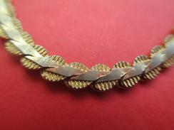 Bijoux Fantaisie/Petit Bracelet /Métal Doré/Mailles Biseau/18 Cm / Vers 1970-1980     BIJ64 - Bracelets